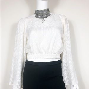 W1-4: WAYF Ivory & Gold long sleeve crop top small